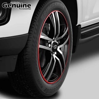 """Scorpio 17"""" Diamond-Cut Black & Silver Alloy Wheel with Painted Red Border with Hub Cap for S5 (2WD) ,S7 ,S9 (2WD) ,S11 (2WD), S4, S6, S8, S10."""