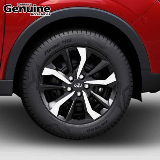 XUV300 Dual Tone Designer Wheel Covers (40cm) for W4, W6 (Pack of 4)